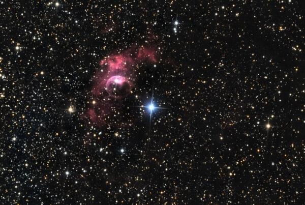 Nébuleuse de la bulle (NGC 7635)